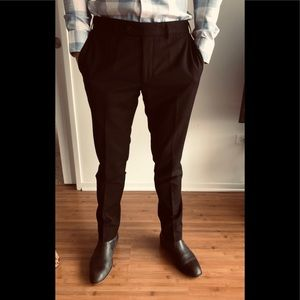 Like NEW Black slim Fit Suite 38S made in Europe